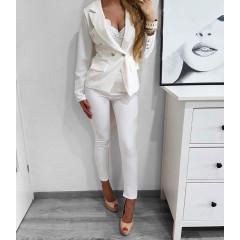 502f2db813f5 Γυναικείο σετ σακάκι και παντελόνι 2637 λευκό