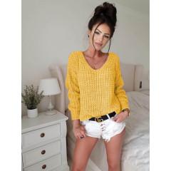 Γυναικείο πουλόβερ με βαθύ ντεκολτέ 00721 κίτρινο