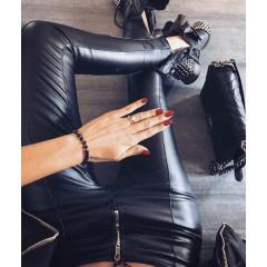 Γυναικείο δερμάτινο παντελόνι με φερμουάρ 18608 μαύρο