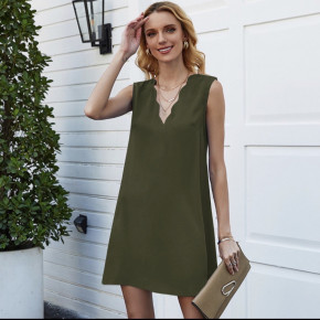 Γυναικείο φόρεμα με βαθύ ντεκολτέ 5198 σκούρο πράσινο