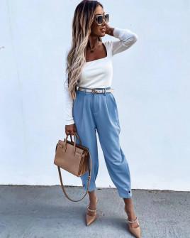 Εντυπωσιακό γυναικείο παντελόνι με ζώνη 5569 γαλάζιο