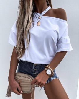 Γυναικεία μπλούζα με ανοιχτό ώμο 89222 άσπρη
