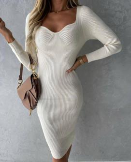 Γυναικείο φόρεμα με ανοιχτό ντεκολτέ 4845 άσπρο