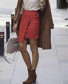 Γυναικεία βελουτέ φούστα 20118 κόκκινη