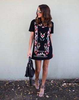 Γυναικείο φόρεμα με σχέδια 5064 μαύρο