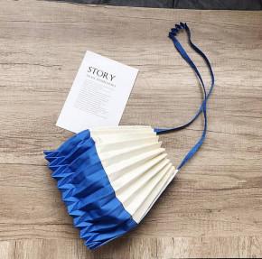 Γυναικεία τσάντα B521 μπλε/άσπρο