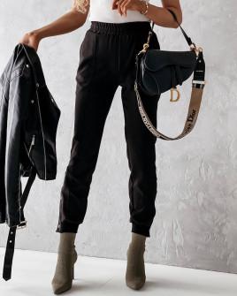 Γυναικείο παντελόνι με κουπιά στο πόδι 5954 μαύρο