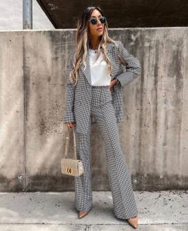 Γυναικείο κομψό σετ σακάκι και παντελόνι με φόδρα 5770