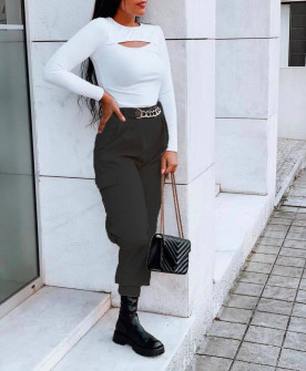 Γυναικείο παντελόνι με τσέπες και χρυσό αξεσουάρ 21021 μαύρο
