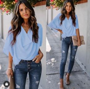 Γυναικεία μπλούζα με χαλαρό ντεκολτέ 50811 γαλάζια
