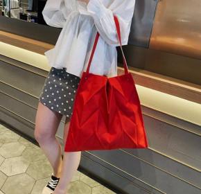 Γυναικεία τσάντα B522 κόκκινη