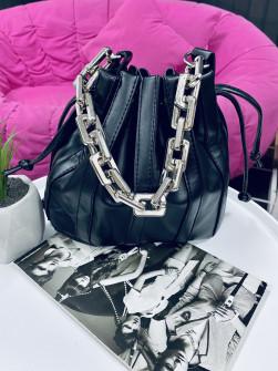 Γυναικεία τσάντα με εντυπωσιακές χειρολαβές 1107 μαύρη
