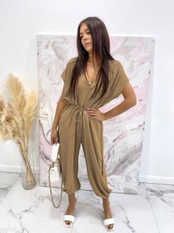 Γυναικεία χαλαρή ολόσωμη φόρμα 3702 καμηλό
