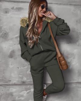 Γυναικείο σετ με γούνα στην κουκούλα 2635 σκούρο πράσινο