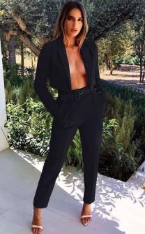 Γυναικείο σετ παντελόνι και κοντό σακάκι 3991 μαύρο
