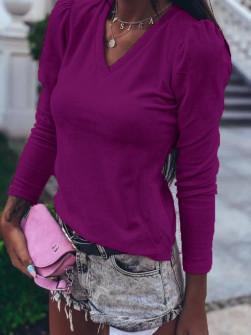 Γυναικεία μπλούζα βελουτέ με βαθύ ντεκολτέ 33205 βιολετί