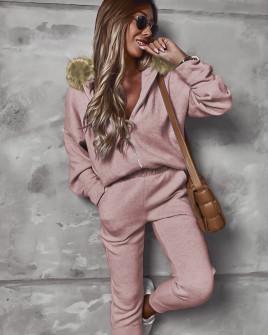 Γυναικείο σετ με γούνα στην κουκούλα 2635 ροζ