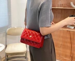 Γυναικεία κομψή τσάντα B402 κόκκινο