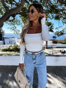 Γυναικεία μπλούζα με ανοιχτό ντεκολτέ 4850  άσπρο