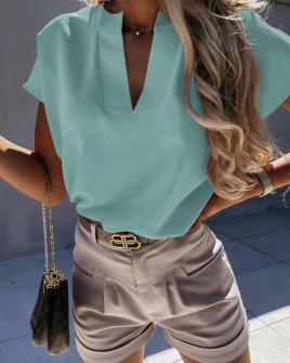 Γυναικεία μπλούζα με βαθύ ντεκολτέ 5778 μέντα