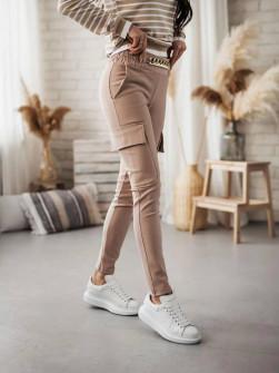 Γυναικείο παντελόνι με αλυσίδα στη ζώνη και τσέπες 5513 μπεζ