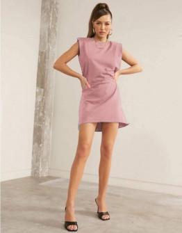 Γυναικείο φόρεμα με βάτες στους ώμους 5151 ροζ