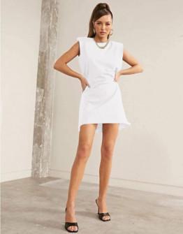 Γυναικείο φόρεμα με βάτες στους ώμους 5151 άσπρο