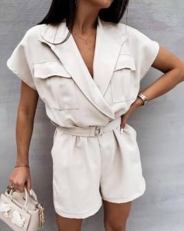 Γυναικεία κοντή ολόσωμη φόρμα με ζώνη 3779 εκρού