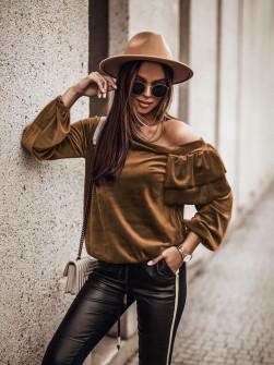 Γυναικεία μπλούζα βελουτέ 3294 καμηλό