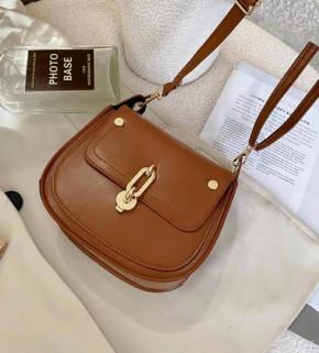 Γυναικεία τσάντα B321 καμηλό