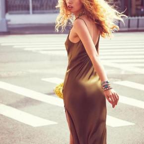 Γυναικείο σατέν φόρεμα μίντι 3956 καμηλό