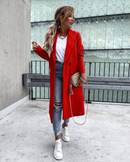 Γυναικείο εφαρμοστό παλτό με φόδρα 5972 κόκκινο