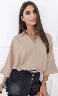 Γυναικεία μπλούζα με βαθύ ντεκολτέ 5912 μπεζ