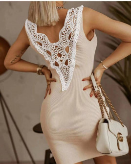 Γυναικείο φόρεμα με εντυπωσιακή δαντέλα 5583 μπεζ