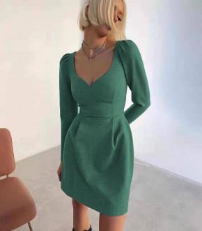 Γυναικείο φόρεμα με βαθύ ντεκολτέ 7126 πράσινο