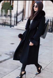 Γυναικείο μακρύ παλτό με πούπουλο στον γιακά και στα μανίκια 1868 μαύρο